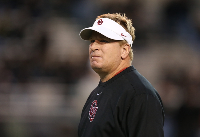 Nov 7, 2013; Waco, TX, USA; Oklahoma Sooners associate head coach Mike Stoops prior to the game against the Baylor Bears at Floyd Casey Stadium. Mandatory Credit: Matthew Emmons-USA TODAY Sports
