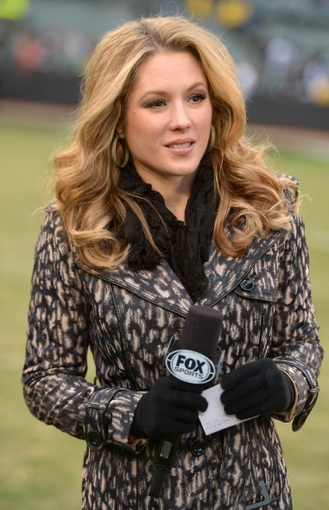 Nov 3, 2013; Oakland, CA, USA; Fox Sports sideline reporter Jennifer Hale during the NFL game between the Philadelphia Eagles and the Oakland Raiders at O.co Coliseum. Mandatory Credit: Kirby Lee-USA TODAY Sports