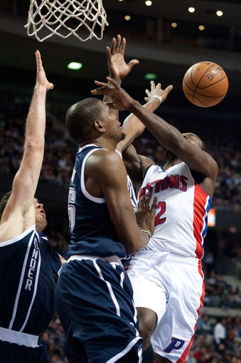 Nov 8, 2013; Auburn Hills, MI, USA; Oklahoma City Thunder small forward Kevin Durant (35) fouls Detroit Pistons point guard Will Bynum (12) during the fourth quarter at The Palace of Auburn Hills. Mandatory Credit: Tim Fuller-USA TODAY Sports