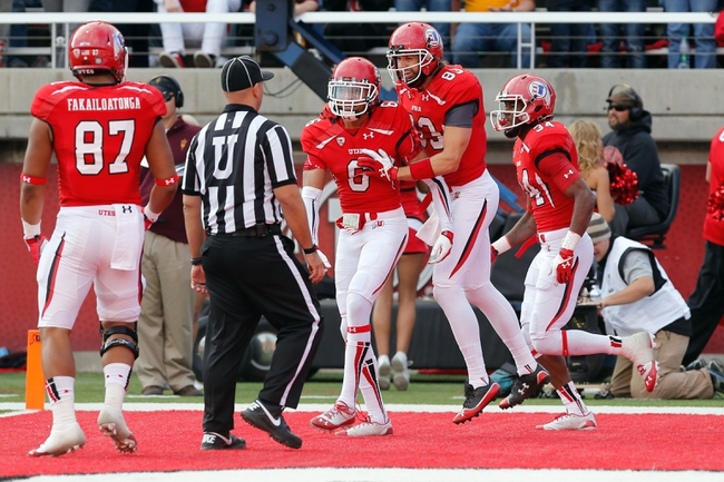 Nov 9, 2013; Salt Lake City, UT, USA; Utah Utes wide receiver Dres Anderson (6) celebrates with his team after scoring a touchdown against the Arizona State Sun Devils in the first quarter at Rice-Eccles Stadium. Mandatory Credit: Chris Nicoll-USA TODAY Sports