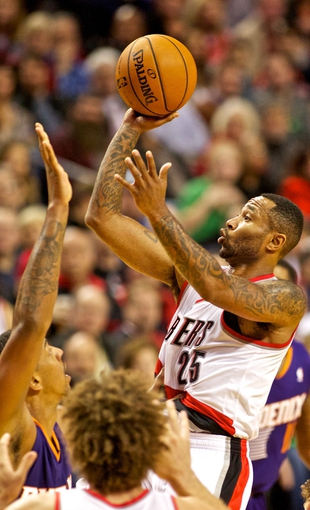 Nov 13, 2013; Portland, OR, USA; Portland Trail Blazers point guard Mo Williams (25) shoots against the Phoenix Suns at the Moda Center. Mandatory Credit: Craig Mitchelldyer-USA TODAY Sports