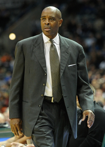 Nov 16, 2013; Milwaukee, WI, USA;   Milwaukee Bucks head coach Larry Drew calls a play during the game against the Oklahoma City Thunder in the 4th quarter at BMO Harris Bradley Center. Mandatory Credit: Benny Sieu-USA TODAY Sports