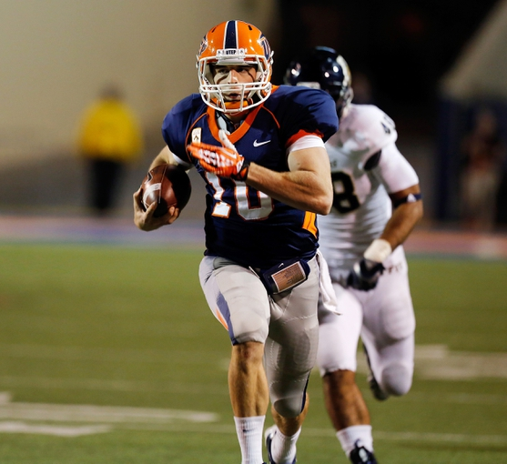 Nov 16, 2013; El Paso, TX, USA; UTEP Miners quarterback Blaire Sullivan (10) runs the ball against the FIU Golden Panthers at Sun Bowl Stadium. Mandatory Credit: Ivan Pierre Aguirre-USA TODAY Sports