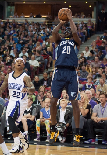 Nov 17, 2013; Sacramento, CA, USA; Memphis Grizzlies small forward Quincy Pondexter (20) takes a shot against the Sacramento Kings during the second quarter at Sleep Train Arena. Mandatory Credit: Ed Szczepanski-USA TODAY Sports