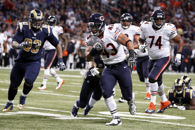Nov 24, 2013; St. Louis, MO, USA; Chicago Bears fullback Tony Fiammetta (43) carries the ball in the third quarter against the St. Louis Rams at the Edward Jones Dome. Mandatory Credit: Scott Kane-USA TODAY Sports