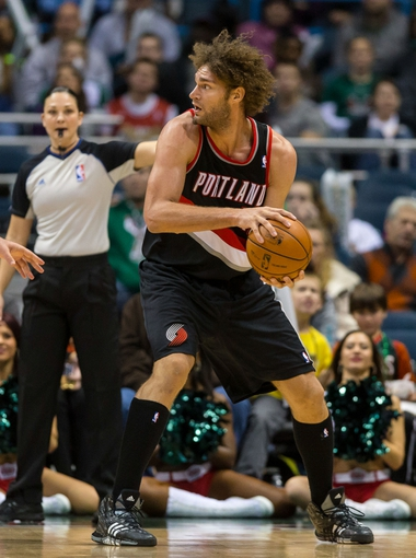 Nov 20, 2013; Milwaukee, WI, USA; Portland Trail Blazers center Robin Lopez (42) during the game against the Milwaukee Bucks at BMO Harris Bradley Center.  Portland won 91-82.  Mandatory Credit: Jeff Hanisch-USA TODAY Sports