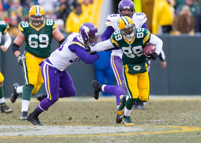 Nov 24, 2013; Green Bay, WI, USA; Green Bay Packers wide receiver James Jones (89) during the game against the Minnesota Vikings at Lambeau Field.  The Vikings and Packers tied 26-26.  Mandatory Credit: Jeff Hanisch-USA TODAY Sports