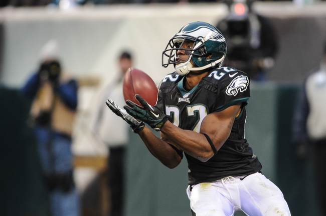 Dec 1, 2013; Philadelphia, PA, USA;  Philadelphia Eagles cornerback Brandon Boykin (22) returns a kick during fourth quarter of the game against the Arizona Cardinals at Lincoln Financial Field. The Philadelphia Eagles won the game 24-21.  Mandatory Credit: John Geliebter-USA TODAY Sports