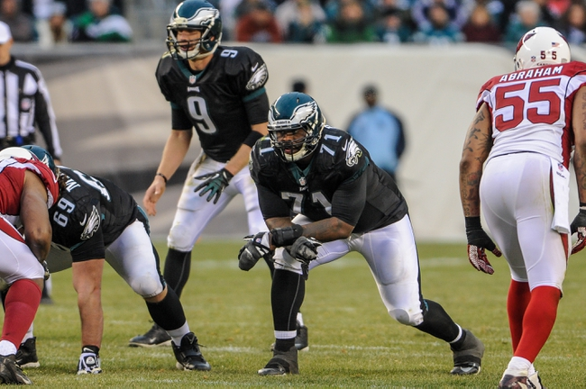 Dec 1, 2013; Philadelphia, PA, USA;  Philadelphia Eagles tackle Jason Peters (71) waits for the ball to be snapped in the fourth quarter of the game against the Arizona Cardinals at Lincoln Financial Field. The Philadelphia Eagles won the game 24-21.  Mandatory Credit: John Geliebter-USA TODAY Sports