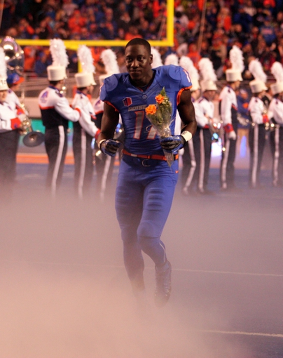 Nov 30, 2013; Boise, ID, USA; Boise State Broncos wide receiver Geraldo Boldewijn (17) runs on to the field for senior day at Bronco Stadium. Boise State defeated New Mexico 45-17.  Mandatory Credit: Brian Losness-USA TODAY Sports