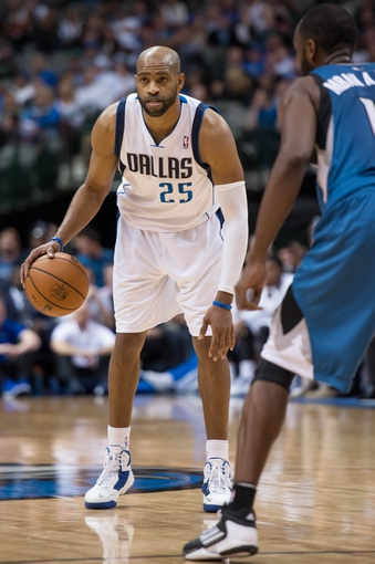 Nov 30, 2013; Dallas, TX, USA; Dallas Mavericks shooting guard Vince Carter (25) sets the play during the game against the Minnesota Timberwolves at the American Airlines Center. The Timberwolves defeated the Mavericks 112-106. Mandatory Credit: Jerome Miron-USA TODAY Sports