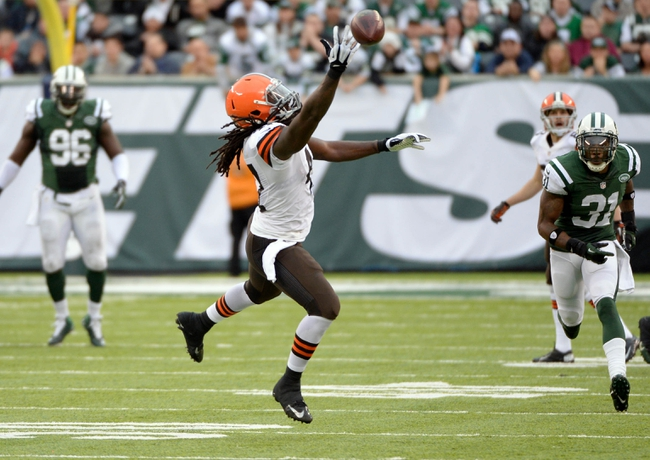 Dec 22, 2013; East Rutherford, NJ, USA; Cleveland Browns tight end MarQueis Gray (47) is unable to catch a pass against the New York Jets during the game at MetLife Stadium. Mandatory Credit: Robert Deutsch-USA TODAY Sports