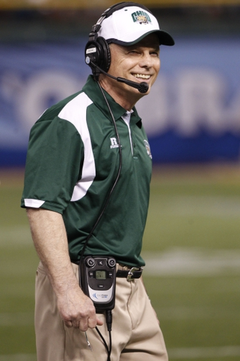 Dec 23, 2013; St. Petersburg, FL, USA; Ohio Bobcats head coach Frank Solich  against the East Carolina Pirates during the second half at the 2013 Beef O Bradys Bowl at Tropicana Field. Eastern Carolina Pirates defeated the Ohio Bobcats 37-20. Mandatory Credit: Kim Klement-USA TODAY Sports