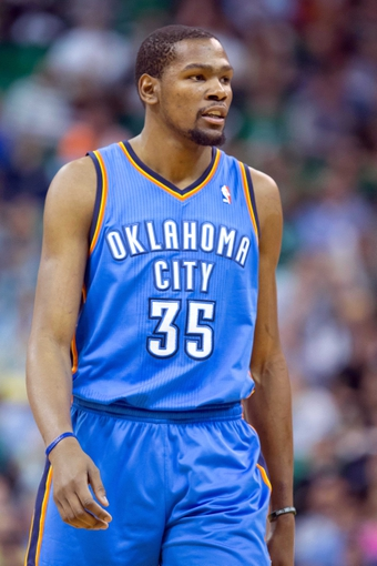 Jan 7, 2014; Salt Lake City, UT, USA; Oklahoma City Thunder small forward Kevin Durant (35) during the second half against the Utah Jazz at EnergySolutions Arena. The Jazz won 112-101. Mandatory Credit: Russ Isabella-USA TODAY Sports