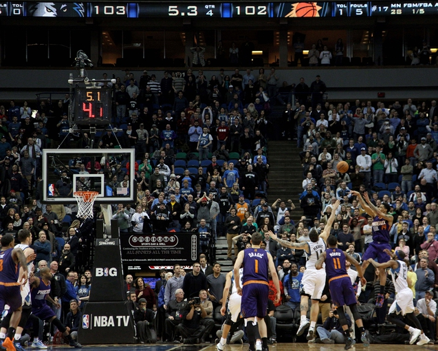 Jan 8, 2014; Minneapolis, MN, USA; Phoenix Suns guard Gerald Green (14) hits the game-winning shot during the fourth quarter against the Minnesota Timberwolves at Target Center. The Suns defeated the Timberwolves 104-103. Mandatory Credit: Brace Hemmelgarn-USA TODAY Sports