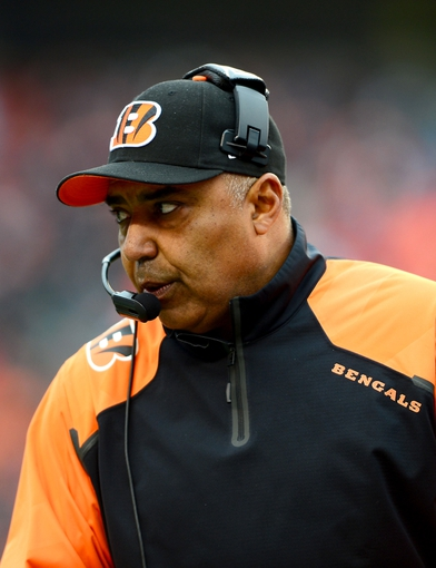 Dec 29, 2013; Cincinnati, OH, USA; Cincinnati Bengals head coach Marvin Lewis against the Baltimore Ravens at Paul Brown Stadium. Bengals defeated the Ravens 34-17. Mandatory Credit: Andrew Weber-USA TODAY Sports