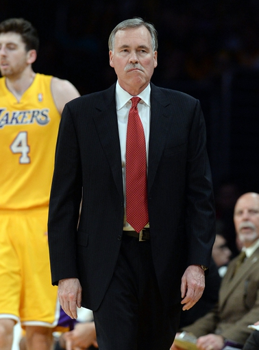 Jan 14, 2014; Los Angeles, CA, USA; Los Angeles Lakers head coach Mike D'Antoni in the second half of the game against the Cleveland Cavaliers at Staples Center. Cleveland Cavaliers won 120-118. Mandatory Credit: Jayne Kamin-Oncea-USA TODAY Sports