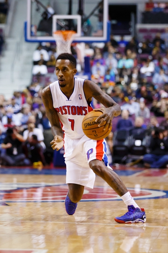 Nov 19, 2013; Auburn Hills, MI, USA; Detroit Pistons point guard Brandon Jennings (7) dribbles against the New York Knicks at The Palace of Auburn Hills. Mandatory Credit: Rick Osentoski-USA TODAY Sports