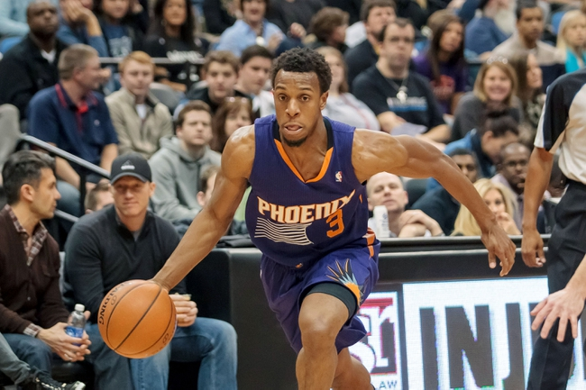Mar 23, 2014; Minneapolis, MN, USA; Phoenix Suns guard Ish Smith (3) dribbles in the second quarter against the Minnesota Timberwolves at Target Center. Mandatory Credit: Brad Rempel-USA TODAY Sports