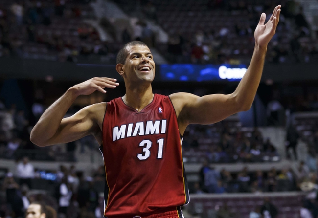 Mar 28, 2014; Auburn Hills, MI, USA; Miami Heat forward Shane Battier (31) wave to the crowd after the game against the Detroit Pistons at The Palace of Auburn Hills. Miami won 110-78. Mandatory Credit: Rick Osentoski-USA TODAY Sports