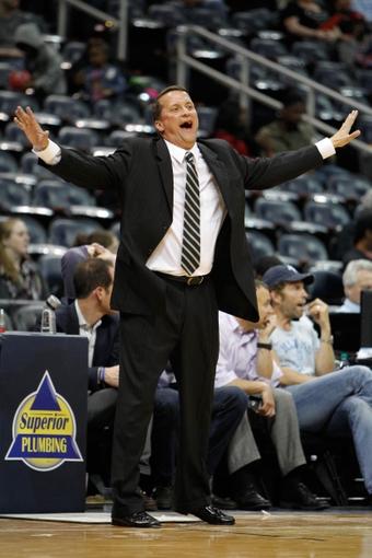 Apr 8, 2014; Atlanta, GA, USA; Detroit Pistons head coach John Loyer coaches against the Atlanta Hawks in the fourth quarter at Philips Arena. The Pistons defeated the Hawks 102-95. Mandatory Credit: Brett Davis-USA TODAY Sports