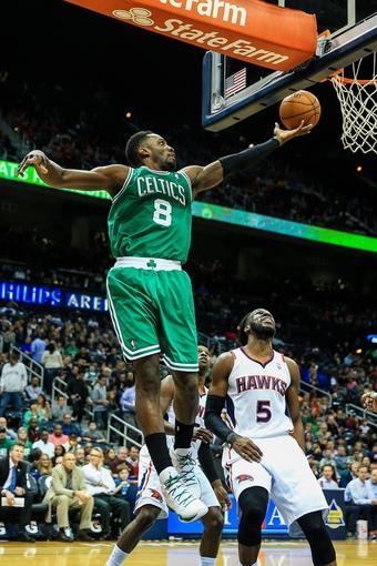 Apr 9, 2014; Atlanta, GA, USA; Boston Celtics forward Jeff Green (8) shoots a basket in the first quarter against the Atlanta Hawks at Philips Arena. Mandatory Credit: Daniel Shirey-USA TODAY Sports