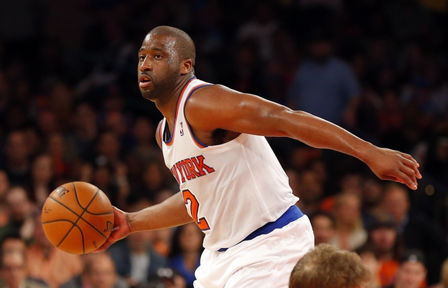 Apr 13, 2014; New York, NY, USA;  New York Knicks guard Raymond Felton (2) brings the ball up court during the second half against the Chicago Bulls at Madison Square Garden. New York Knicks defeat the Chicago Bulls 100-89. Mandatory Credit: Jim O'Connor-USA TODAY Sports