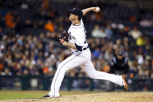May 5, 2014; Detroit, MI, USA; Detroit Tigers relief pitcher Joe Nathan (36) pitches in the ninth inning against the Houston Astros at Comerica Park. Detroit won 2-0. Mandatory Credit: Rick Osentoski-USA TODAY Sports