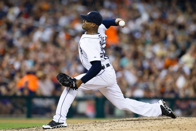 Jun 7, 2014; Detroit, MI, USA; Detroit Tigers relief pitcher Al Alburquerque (62) pitches against the Boston Red Sox at Comerica Park. Mandatory Credit: Rick Osentoski-USA TODAY Sports