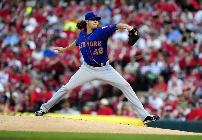 Jun 16, 2014; St. Louis, MO, USA; New York Mets starting pitcher Jacob deGrom (48) throws to a St. Louis Cardinals batter during the first inning at Busch Stadium. Mandatory Credit: Jeff Curry-USA TODAY Sports