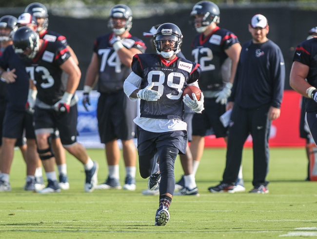 Jul 26, 2014; Houston, TX, USA; Houston Texans wide receiver Mike Thomas (89) catches a pass during training camp at Houston Methodist Training Center. Mandatory Credit: Troy Taormina-USA TODAY Sports