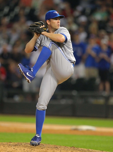 Aug 16, 2014; Chicago, IL, USA; Toronto Blue Jays relief pitcher Casey Janssen (44) delivers a pitch during the ninth inning against the Chicago White Sox at U.S Cellular Field. Toronto won 6-3. Mandatory Credit: Dennis Wierzbicki-USA TODAY Sports5