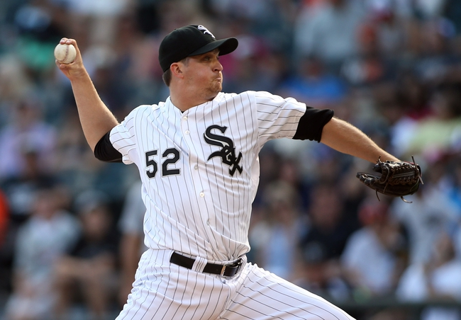 Aug 31, 2014; Chicago, IL, USA; Chicago White Sox relief pitcher Jake Petricka throws  a pitch against the Detroit Tigers during the ninth inning at U.S Cellular Field. Mandatory Credit: Jerry Lai-USA TODAY Sports