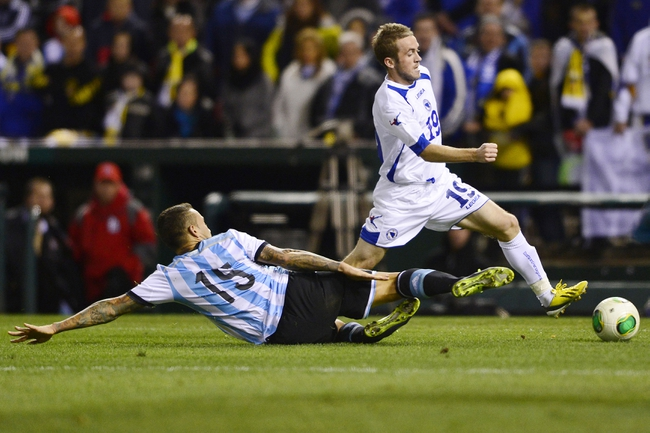 2014 FIFA World Cup: Netherlands vs Argentina Pick, Odds, Prediction - 7/9/14