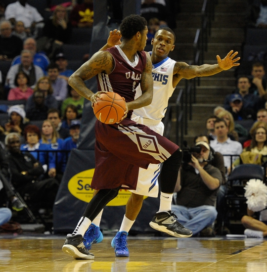 Arkansas-Little Rock Trojans vs. Louisiana-Monroe Warhawks - 2/5/15 College Basketball Pick, Odds, and Prediction