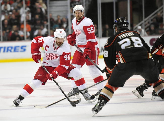 Detroit Red Wings vs. Anaheim Ducks - 10/11/14