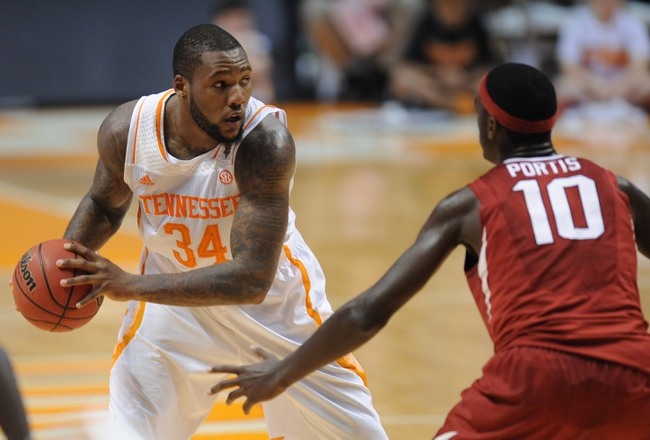 Tennessee vs. Arkansas - 1/13/15 College Basketball Pick, Odds, and Prediction