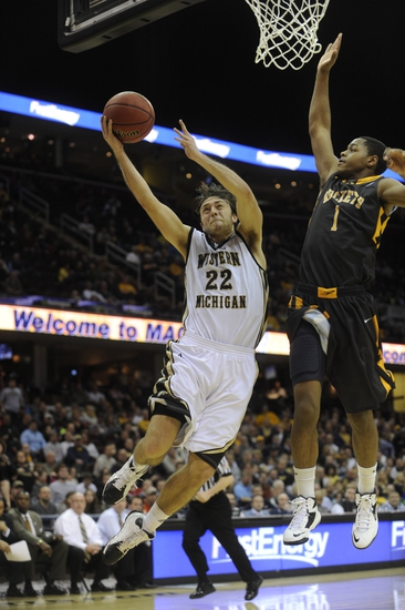 Oakland Grizzlies vs. Western Michigan Broncos - 11/19/14 College Basketball Pick, Odds, and Prediction