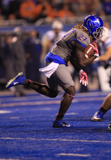 Wyoming Cowboys vs. Boise State Broncos - 11/22/14 College Football Pick, Odds, and Prediction