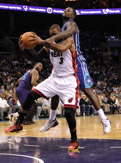 Heat vs. Hornets - 11/23/14 NBA Pick, Odds, and Prediction