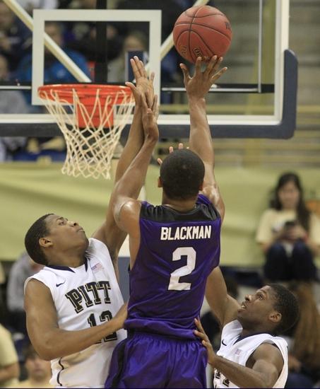 Saint Peter's Peacocks vs. Niagara Purple Eagles - 11/20/14 College Basketball Pick, Odds, and Prediction