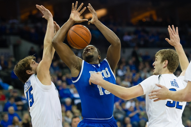 Eastern Illinois Panthers vs. Tennessee-Martin Skyhawks - 1/28/16 College Basketball Pick, Odds, and Prediction