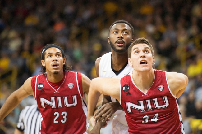 Northern Illinois Huskies vs. Santa Barbara Gauchos Vegas 8 First Round - 3/28/16 College Basketball Pick, Odds, and Prediction