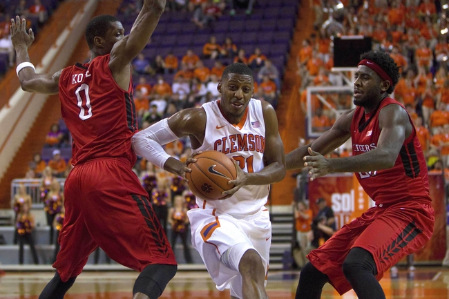 Rutgers Scarlet Knights vs. Clemson Tigers - 11/26/15 College Basketball Pick, Odds, and Prediction