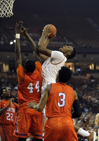 Texas-Arlington Mavericks vs. Louisiana-Monroe Warhawks - 1/8/15 College Basketball Pick, Odds, and Prediction