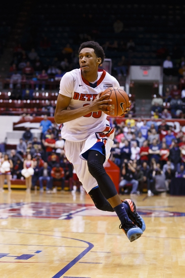 Central Florida Knights vs. Detroit Titans - 12/17/14 College Basketball Pick, Odds, and Prediction