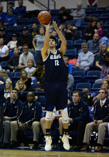 Hawaii Warriors vs. UC Davis Aggies - 1/23/15 College Basketball Pick, Odds, and Prediction