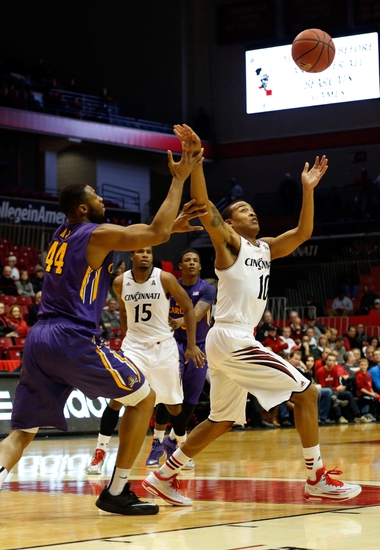 East Carolina Pirates vs. Cincinnati Bearcats - 2/1/15 College Basketball Pick, Odds, and Prediction