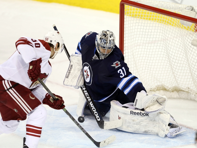 Winnipeg Jets vs. Arizona Coyotes - 11/21/15 NHL Pick, Odds, and Prediction