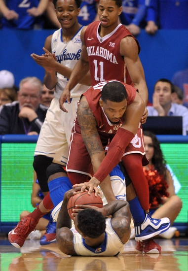 Oklahoma Sooners vs. Kansas Jayhawks - 3/7/15 College Basketball Pick, Odds, and Prediction